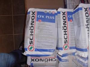 Nu de CFK Plus een super goede lijm van Schonox . Altijd op voorraad NU voor maar €15,00 per zak a 15 kg! (ook andere schonox lijmen zoals SK en DU op voorraad informeer bij ons na de scherpste prijs!)